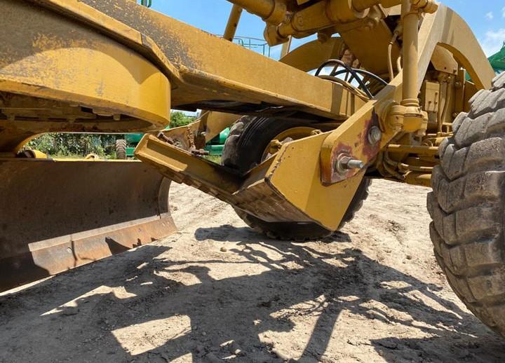 Caterpillar MID MOUNTED SCARIFIER XXX
