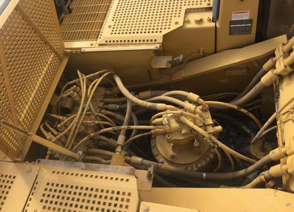 Cat 330L 5YM00356