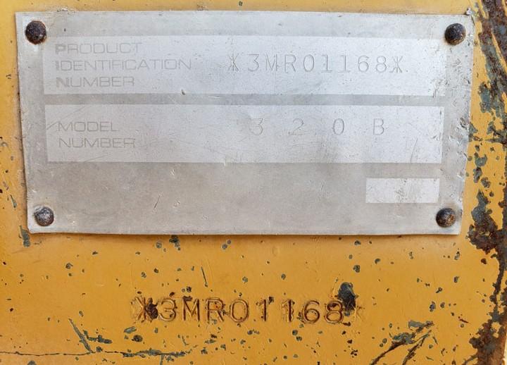 Caterpillar 320BL 3MR01168