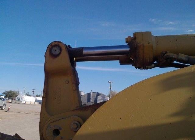 Caterpillar 938F 2RM00202