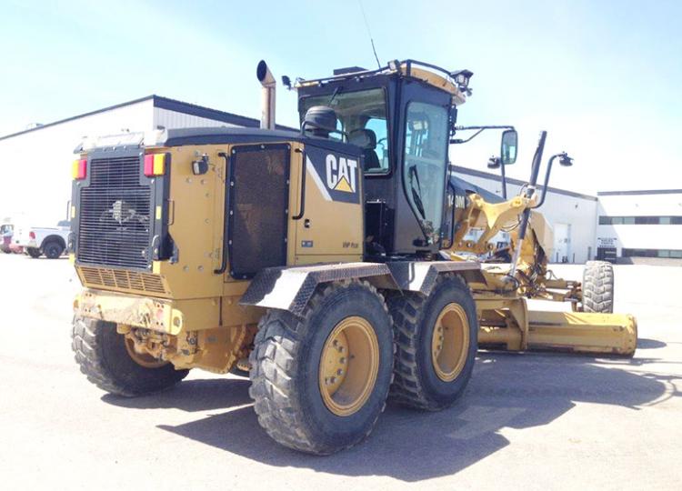 CAT 140M B9M00821